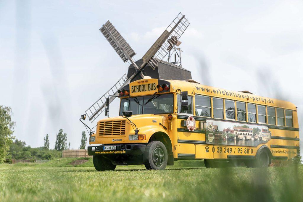 Erlebnisdorf Elbe Parey American School Bus