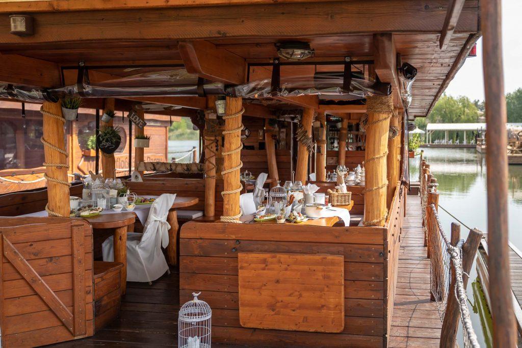 Erlebnisdorf Elbe Parey Hochzeit Weddingfloß Restaurant