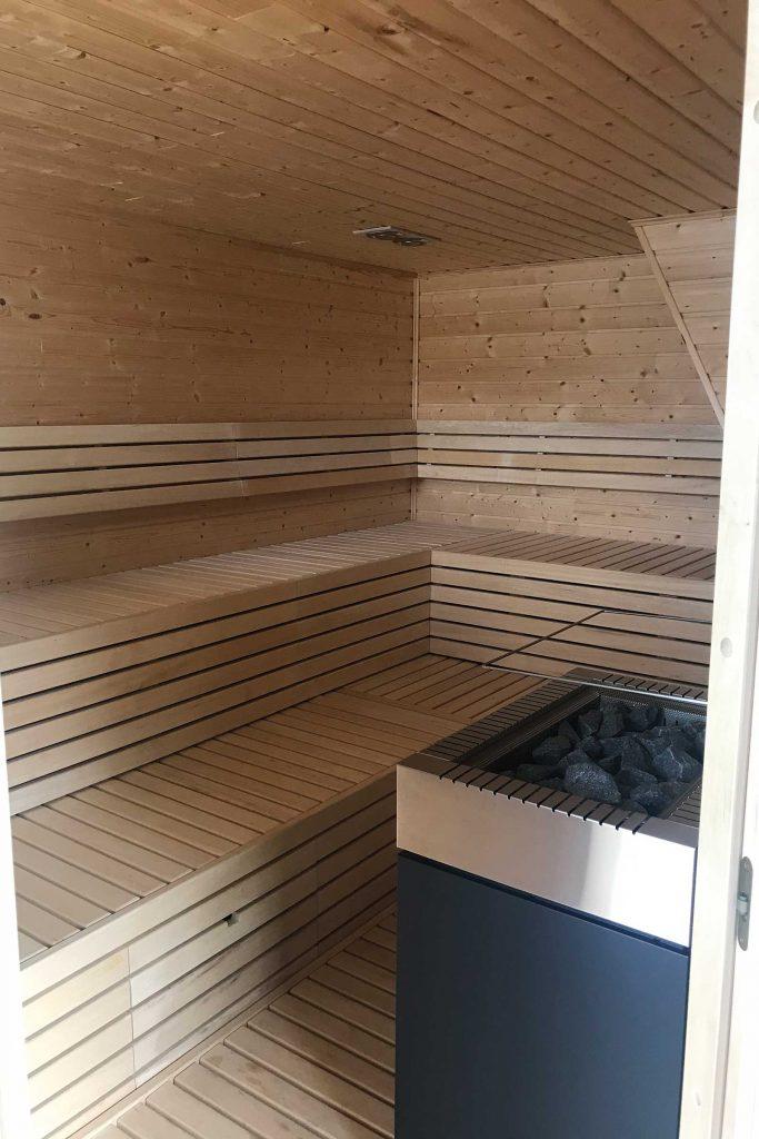 Schwimmende Sauna